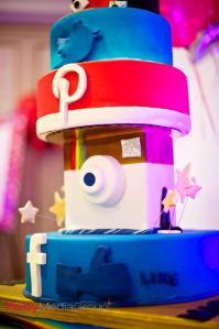 social media cake!
