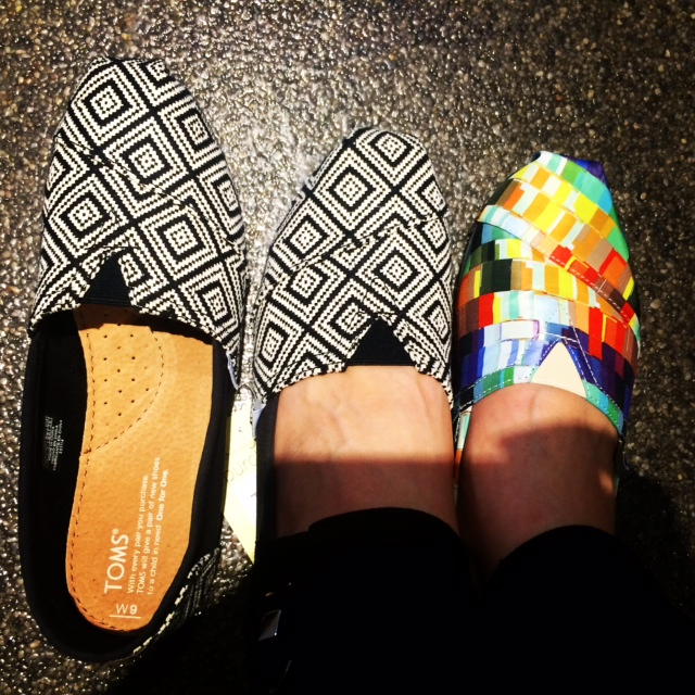 TOMS: Great shoes and giving back (5/6)